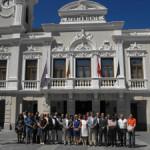 A las 12 concentración en los ayuntamientos por el atentado de Barcelona