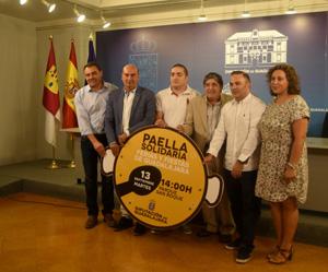 foto-diputacion-1-paella-solidaria