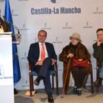 La sala de exposiciones de la Delegación de la Junta lleva el nombre de Antonio Buero Vallejo