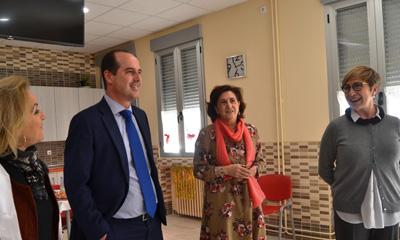 Visita de la directora general de Planificación, Ordenación e Inspección Sanitaria, Teresa Marín a Alcohete