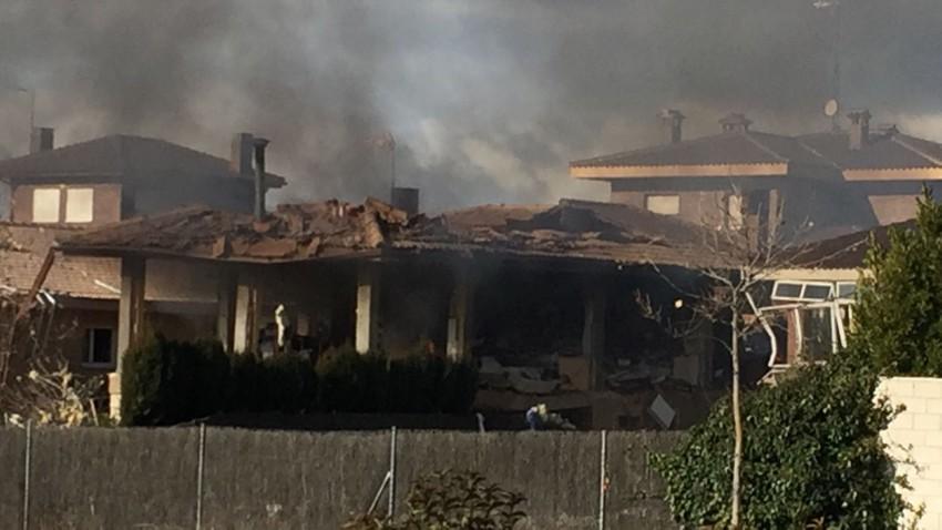 Primeras imágenes de la casa tras la explosión gas en una vivienda de El Casar