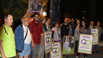Pagada de carteles de la campaña de Ahora Guadalajara