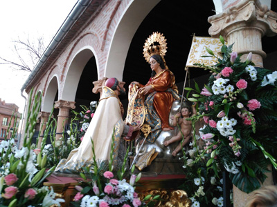 Alovera ha festejado la Virgen de la Paz
