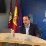 """Carnicero acusa a la Junta de jugar """"maliciosamente"""" con los tiempos de apertura del aparcamiento del Hospital"""