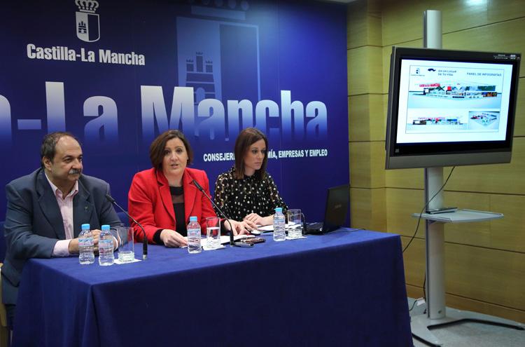Patricia Franco presenta el stand de Castilla La Mancha en FITUR