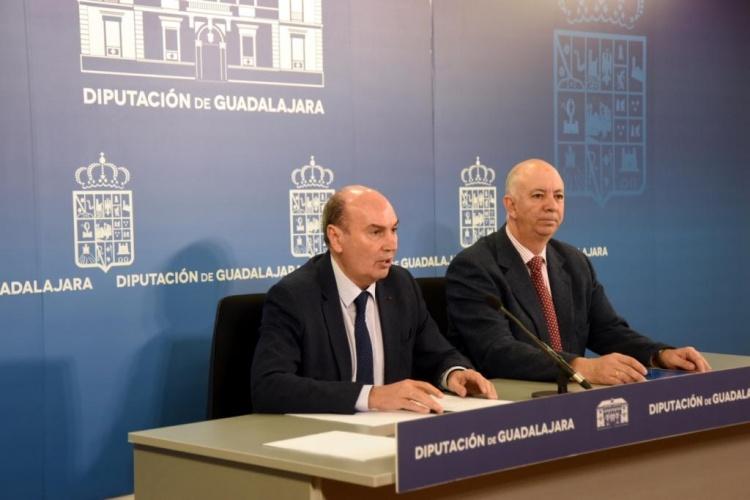 Rueda de prensa de Latre sobre la aplicación de la ley de transparencia en los ayuntamientos