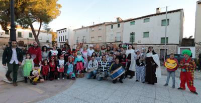 Participantes en el carnaval de Almonacid de Zorita