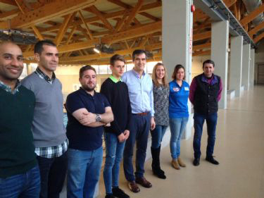 El alcalde se reunió con los deportistas de la capital