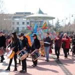 """Multitudinaria """"Milla Solidaria"""" y animado Entierro de la Sardina, para cerrar el Carnaval de Cabanillas"""