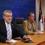 La Junta convocará las oposiciones para docentes