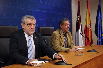 Felpeto ha comunicado que próximamente la Junta hará la convocatoria publica de empleo docente