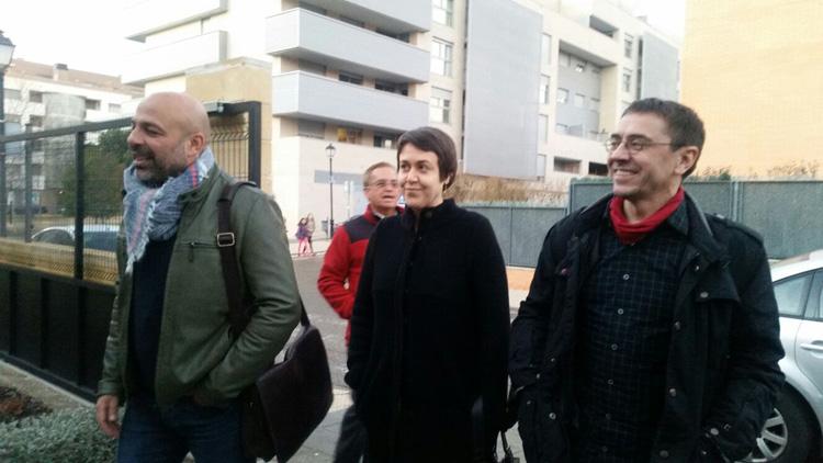 El co-fundador de Podemos, Juan Carlos Monedero, con José García Molina en Guadalajara