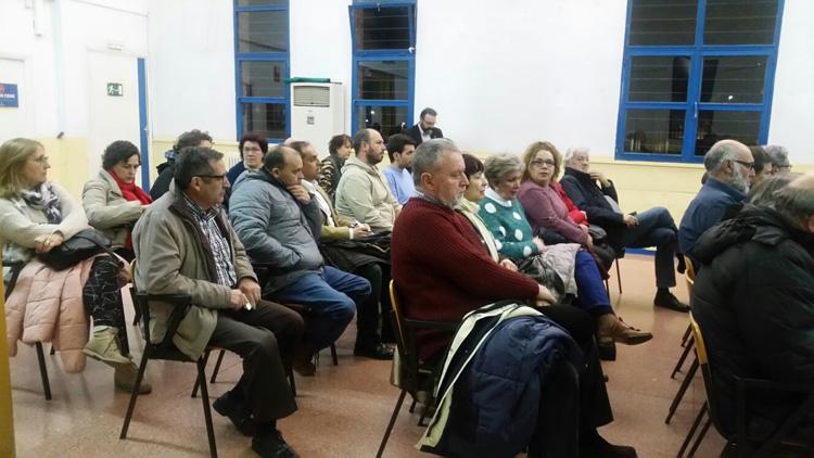 Asistentes a la convocatoria de apoyo a la Plataforma Pedro Sánchez