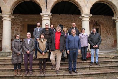 Carlos Gil Mazón es el turista dos millones que visita Sigüenza, fue recibido per el ayuntamiento