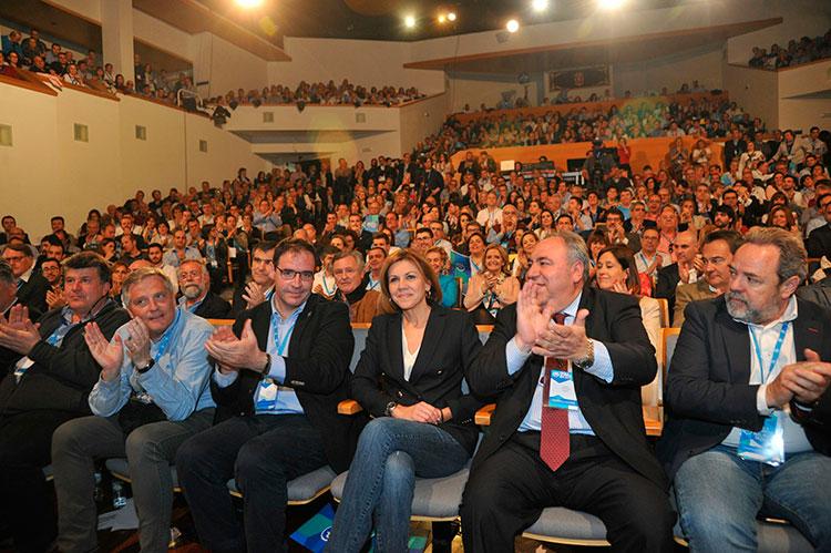 Cuenca reelige a Cospedal como presidenta del partido