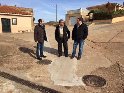 La Diputación ha invertido ,as de 150.000 en la renovación de redes de abastecimiento en varios pueblos