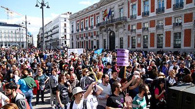 Más de 30.000 personas se manifestaron en Madrid el pasado 12 de marzo en apoyo al lobo. (Foto: Miguel Antón.- Lobo Marley)