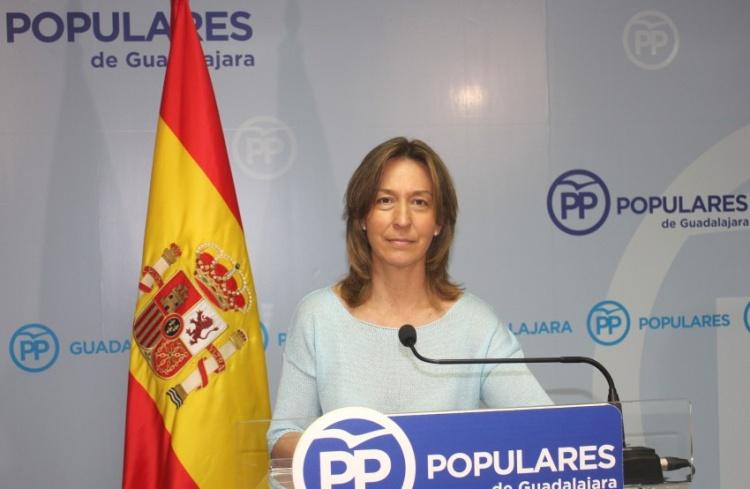 Ana Guarinos presidenta del Grupo Parlamentario Popular hoy en rueda de prensa