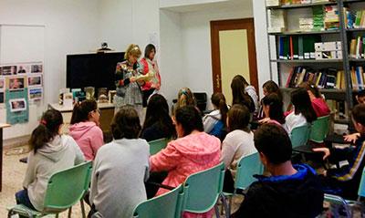 Cerca de 80 alumnas del colegio Virgen de la Hoz de Molina de Aragón han participado en este maratón de lectura