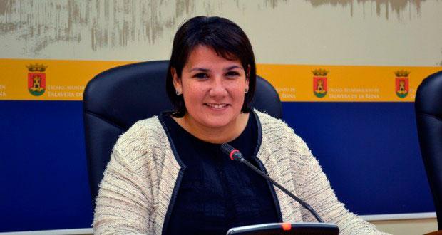 La talaverana Agustina García Élez sustituira a Elena de la Cruz en la Consejería de Fomento