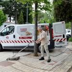 El Ayuntamiento pone en marcha un dispositivo especial de limpieza de aceras
