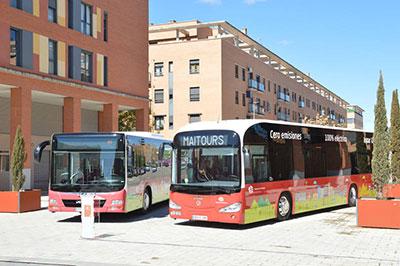 Autobuses que prestan servicio en Azuqueca. Fotografía: Álvaro Díaz Villamil/ Ayuntamiento de Azuqueca de Henares