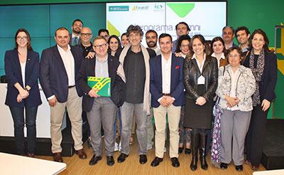 Foto de familia de la actividad organizada por la Fundación Caja Rural CLM