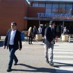 Familiares, compañeros y amigos despiden a la consejera De la Cruz en el tanatorio de Guadalajara