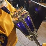 Dar luz al farol (Procesión de María Santísima de la Misericordia)
