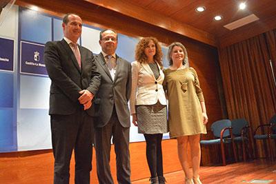 La nueva viceconsejera acompañada del Consejero de Hacienda y Administraciones Públicas, Juan Alfonso Ruiz, Araceli Martínez y Alberto Rojo