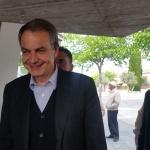 Zapatero muestra su apoyo a Susana Díaz en Azuqueca