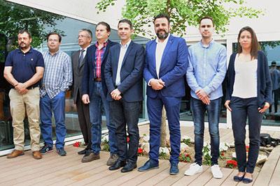 Alcaldes y concejales que forman esta plataforma. Fotografía: Álvaro Díaz Villamil / Azuqueca de Henares