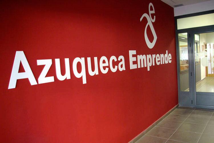 Las solicitudes se presentaron hasta el viernes, día 12, en el Centro de Empresas Azuqueca Emprende. Fotografía: Álvaro Díaz Villamil/ Ayuntamiento de Azuqueca de Henares
