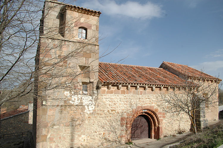 Estríégana, iglesia parroquial