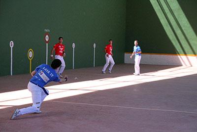 Exhibición de pelota a mano en Fuentenovilla