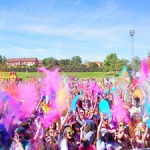 Holi Run, una carrera que tiñe de colores a la ciudad de Guadalajara