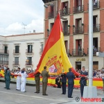 Galería fotográfica del Izado de la Bandera Nacional en la Plaza de España