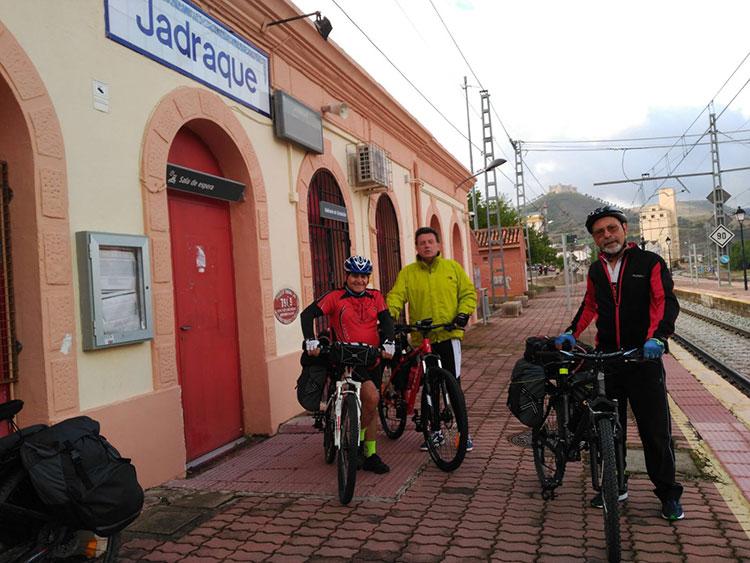 @losmedicis al inicio de su periplo en Jadraque