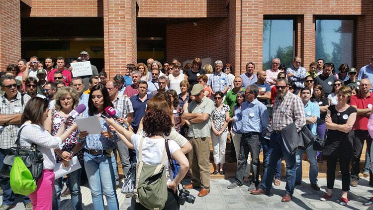Un momento de la manifestación a las puerta de la Delegación de Agricultura
