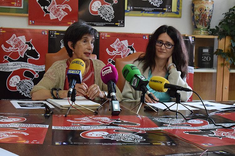Blanca Calvo y Nieves Alcántara en la presentación de la 26 edición del Maratón de los Cuentos
