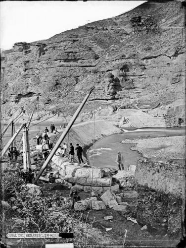 Ingenieros trabajando en la construcción del Canal del henares, hace 150 años. Foto: J. Laurent- Reproducción del libro La Casa Laurent y Guadalajara.