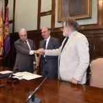 La Fundación Charo Conde y Camilo José Cela ceden la gestión de la obra creativa del Premio Nobel a la Diputación Provincial