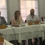 Jiménez tilda a Román de gobernar con el 'mando a distancia'