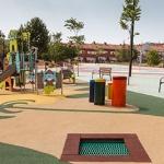 El alcalde de Guadalajara visita el recién estrenado parque de La Salinera