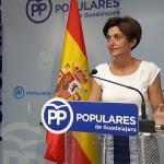 Ana González denuncia que  Page va a dejar a 750 profesores interinos de Guadalajara