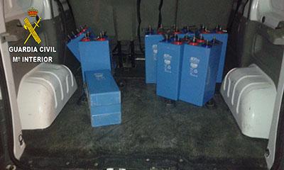 Parte de las baterías sustraídas de un repetidor en Muduex