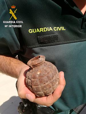 Aspecto de la granada de mano encontrada en Bujalaro
