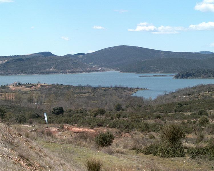 Pantano de Alcorlo