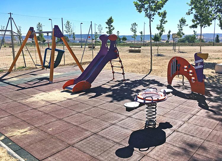 Más de 40.000 euros va a invertir el ayuntamiento de Marchamalo en la mejora de los parques infantiles