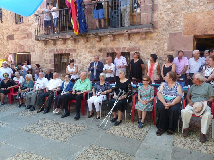 Latre asiste en Ablanque a un homenaje a los mayores